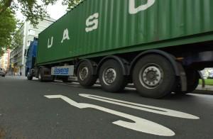 Diesel-Lkw sind eines der Hauptprobleme für die Schadstoffbelastung. Foto: Alex Völkel