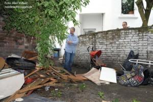 Problemhaus - Müll im Hinterhof in der Heroldstraße Ecke Borsigstraße