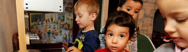 Wohnortnah und familiär: Auf Pantoffeln in die Kinderstube – Erfolgreiches Betreuungsangebot soll ausgeweitet werden
