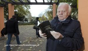 Krimiautor Heinrich Peuckmann besucht seine Tatorte in der Dortmunder Nordstadt, hier auf dem Nordmarkt
