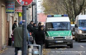 Polizeieinsatz in der Nordstadt. Vor dem Stehcafe Europa an der Mallinckrodtstraße