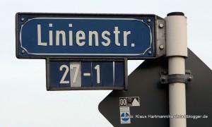 Autor Martin Krist macht einen Gang durch die Linienstraße