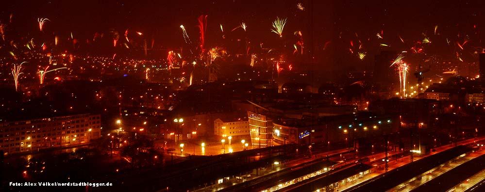 Silvesterfeuerwerk über der Nordstadt