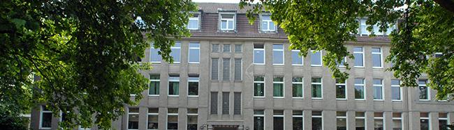Einbruchsserie: Anne-Frank-Gesamtschule wird eingezäunt – das Nordbad aber trotz andauernder Saufgelage nicht