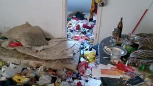 So sah es vor der Räumung durch die Eigentümer im Problemhaus Gronaustraße 42 aus. Foto: privat
