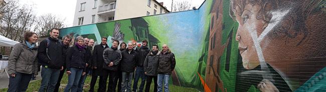 Aufwertung für Platz und Quartier – Wandbild verschönert den Schleswiger Platz