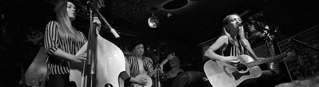 Subrosa: Starke Show und ein volles Haus mit dem virtuosen schwedischen Trio Baskery