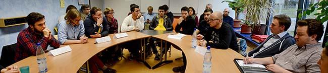 Jugendforum Nordstadt mit Studienfahrt nach Amsterdam, Mitternachts-Fußballturnier und Autorenlesung