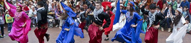 Fotogalerie: Tanzfolk 2014 im Dietrich-Keuning-Haus – Weltoffenheit und Gastfreundschaft im Mittelpunkt