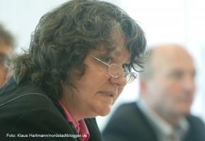 Pressekonferenz zum Sturm der Nazis aufs Rathaus. Rechtsdezernentin Diane Jägers