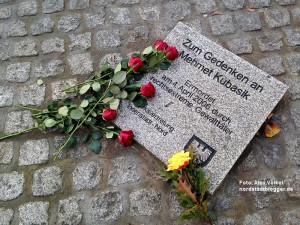 NSU-Gedenkstein in der Mallinckrodtstraße für Mehmet Kubasik.