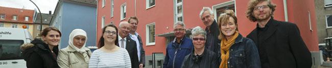 Erste Bewohner ziehen in die Häuser in der Nettelbeckstraße: DOGEWO übergibt zwei Häuser an die Lebenshilfe