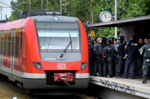 Der S-Bahnverkehr kam durch Blockaden über Stunden zum Erliegen.