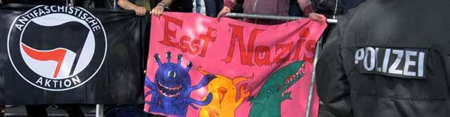 Lautstarker Protest gegen Neonazi-Aufmarsch – Polizei geht gegen Volksverhetzung vor und begrüßt friedlichen Protest