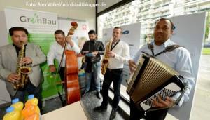"""Die Gruppe """"Romanescu"""" sorgte für die musikalische Umrahmung."""