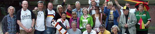 Ökumenischer Fußball-WM-Gottesdienst mit Samba und Public Viewing in der Pauluskirche