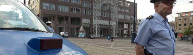 Sicherheitsdienst und Polizeipräsenz bei allen Dortmunder Gremiensitzungen mit Beteiligung der Neonazis