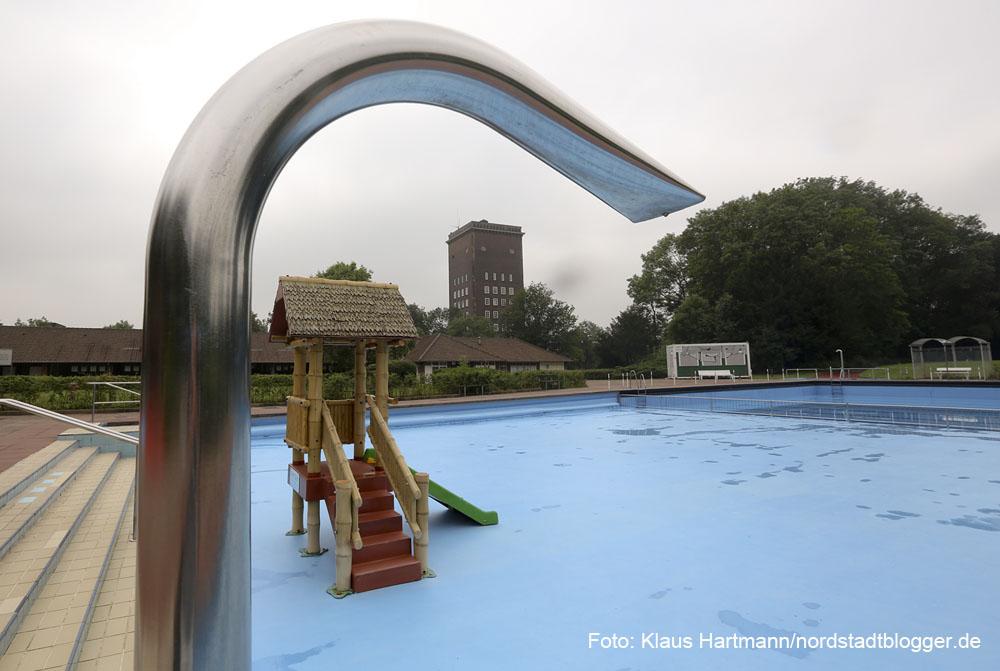 Ein Rohrbruch im Freibad Stockheide sorgt für eine vorrübergehende Schließung des Bades