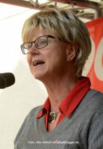 Die DGB-Vorsitzende Jutta Reiter. Gedenkveranstaltung zum Antikriegstag in der Steinwache