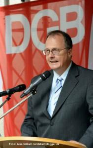SLADO-Sprecher Frank Siekmann. Gedenkveranstaltung zum Antikriegstag in der Steinwache