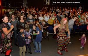 Das Konzert animierte die zahlreichen Besucherinnen und Besuchern zum Tanzen.