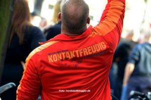 """Als """"kontaktfreudig und erlebnisorientiert"""" bezeichnet sich dieser Hooligan. Archivbild: Alex Völkel"""