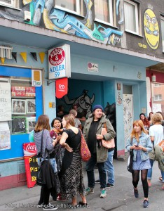 Adler-Backyard-Jam in der Adlerstraße 59. Der Adler-Kiosk in der Adlerstraße im Unionviertel