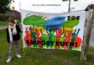 """Die Bürgerinitiative """"Garten statt ZOB"""" hat auf der Nordseite des Hauptbahnhofs vor drei Jahren symbolisch einen Garten angelegt. Foto: Alex Völkel"""
