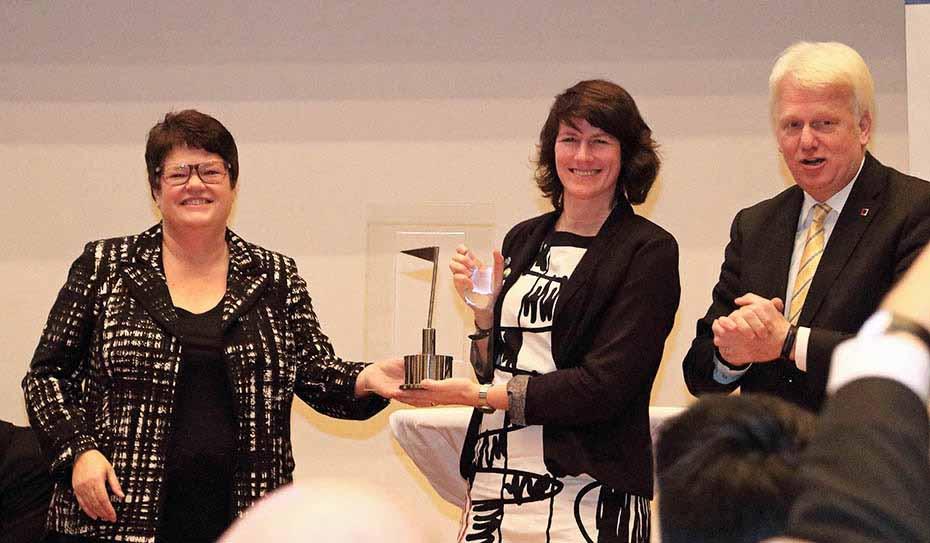 In München wurden die Stadt Dortmund und der Autobauer Daimler mit dem Max-Spohr-Preis 2014 ausgezeichnet.