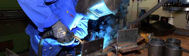 IG Metall-Befragung: Beschäftigte fordern Sicherheit und gute Perspektiven in der Arbeitswelt von morgen