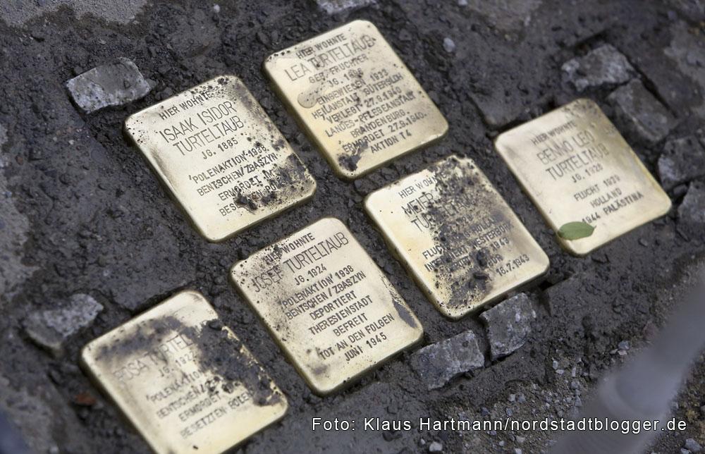 Stolpersteine, Erinnerung an die Ermordeten im Nationalsozialismus wurden in der Nordstadt verlegt. Stolpersteine in der Heiligegartenstraße erinnern an die Familie Turteltaub