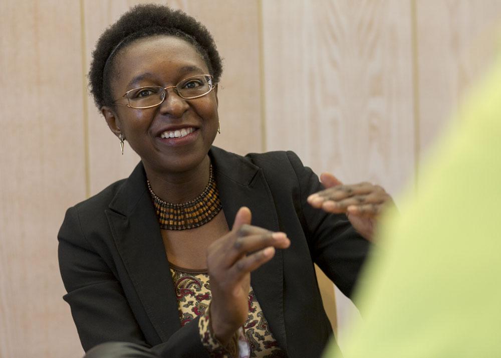 Dt. Afrikanische Gesellschaft; Dr. Klaus Gelmroth und Veye Tatah; Africa Positiv; AGNRW; Auslandsgesellschaft