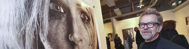 """Blitz-Ausstellung """"Menschenkinder"""" in der Galerie Fischer zeigt Fotografien von Peter Klein in der Nordstadt"""