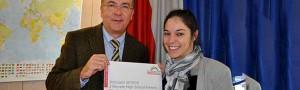 Klaus Wegener und Laure Geslain präsentieren das neue High-School-Programm in Amiens (Frankreich).