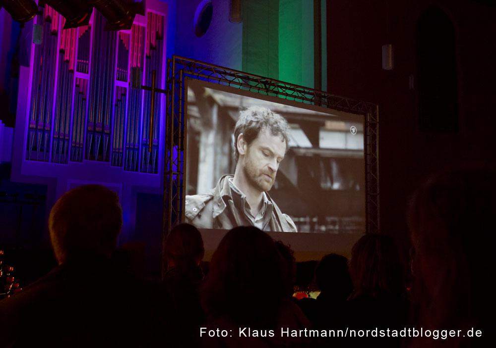 Dortmund Tatort Hydra in der Pauluskirche. 5. Dortmund-Tatort spielt im Neonazi-Milieu. Rudelgucken in der Pauluskirche unter Polizeischutz