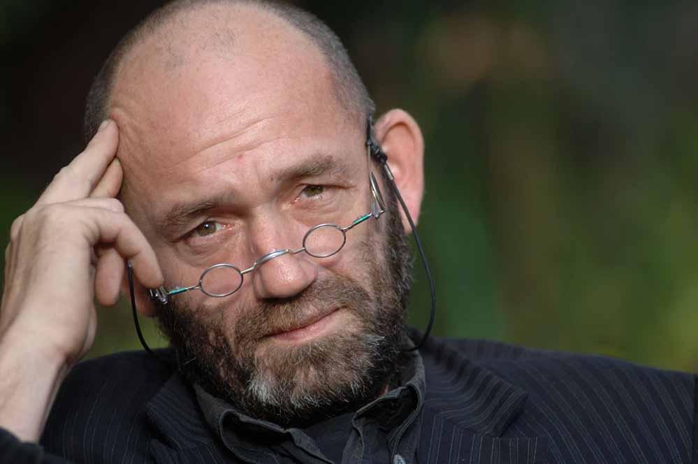 Der Journalist Bruno Schirra, der als besonderes Fachgebiet den Iran/Irak Konflikt und den Terrorismus bearbeitet. Foto: Sabine Sauer/Veranstalter