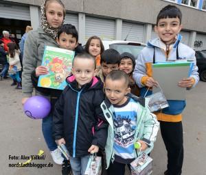 Die Kinder waren begeistert über die Geschenke.