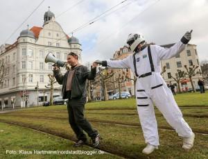 Landnahme am Borsigplatz: Du bist Borsig, Borsig 11. Artist in Residence Olek Witt und Kosmonaut Josef auf dem Platz