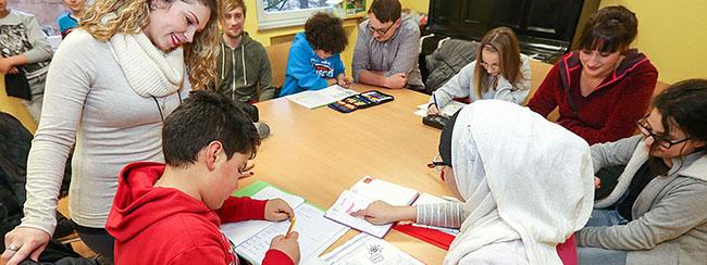 """Stiftung Pro Filiis unterstützt das Nachhilfeprojekt """"Ich schaff's!"""" des Kinderschutzbundes für ein weiteres Jahr"""