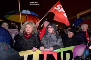 Zehn Mal mehr Demokraten als Neonazis kamen nach Eving. Die SPD hatte eine Protestkundgebung angemeldet.