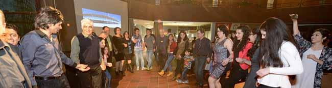 """""""Nouruz"""" im Dietrich-Keuning-Haus: Die Iraner feiern mit ihren Freunden das Neujahrsfest in der Nordstadt"""