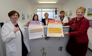 Dr. Christine Basiner, Sevic Mir Jahan, Brigitte Schütte-Berning und Dr. Annette Düsterhaus im Empfangsbereich.
