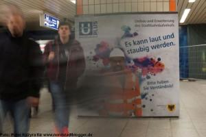 Auf der Verteilerebene des Dortmunder Hauptbahnhofs beginnt nun die Demontage der Decken