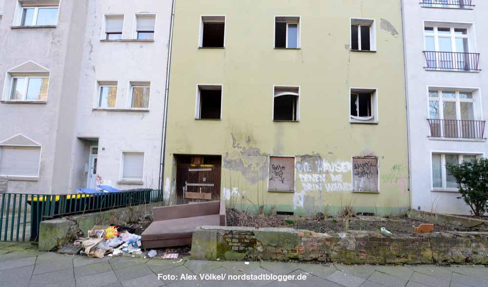 Das Haus Flurstraße 11 ist eines von dutzenden Objekten auf der Problemimmobilienliste der Tankforce Nordstadt.
