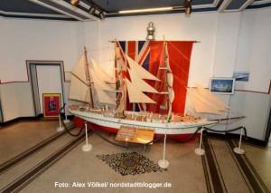 Die Gorch Fock ist schon aus dem Hafenamt verschwunden - sie gehört der Marinekameradschaft.