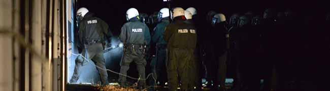 Zweite Besetzung in der Nordstadt ist gescheitert: Großaufgebot der Polizei räumt das ehemalige Aldi-Gebäude
