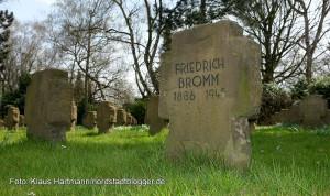 Gründung eines Förderkreises zur Erhaltung historischer Grabmale auf dem Nordfriedhof durch Gerda Horitzky. In Feld 42 und 48.ruhen nahezu 300 Bombenopfer aus dem 2. Weltkrieg.