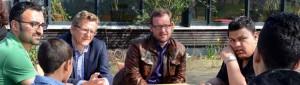 Im Jugendtreff Stollenpark setzte sich Dietmar Köster mit Zuwanderer-Jugendlichen zusammen.