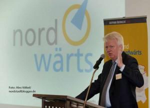 OB Ullrich Sierau begrüßte die zahlreichen Teilnehmer der Auftaktveranstaltung.