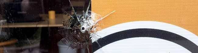 Nächtlicher Angriff auf das Büro der Piratenpartei: Staatsschutz ermittelt – Verdacht fällt auf Neonazis